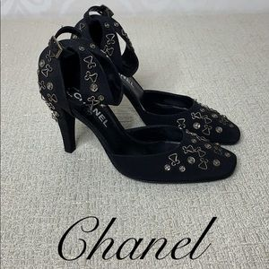 CHANEL HOOK AND SNAP ANKLE STRAP HEELS
